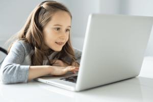 kid-laptop-718×523