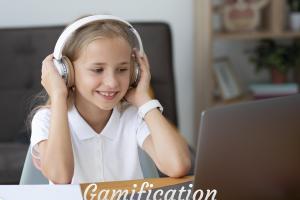 little-girl-participating-online-classes